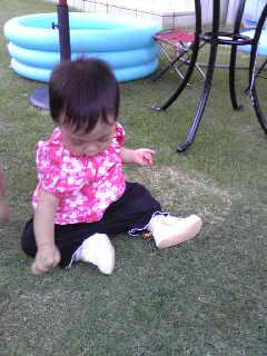 ユズ、初めての靴